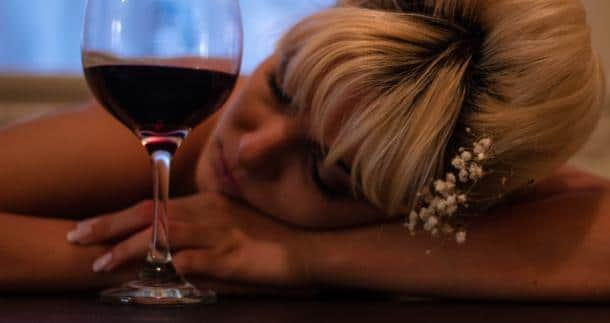 How Long Does Alcohol Stay in Your System? Blood, Breath, Hair, Urine